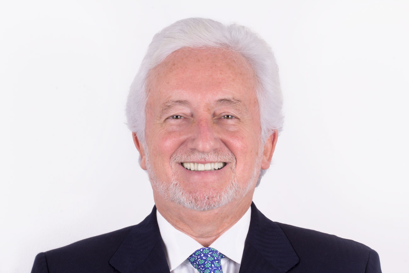 Doctor Vicente Jiménez López Clínica dental CIRO Madrid