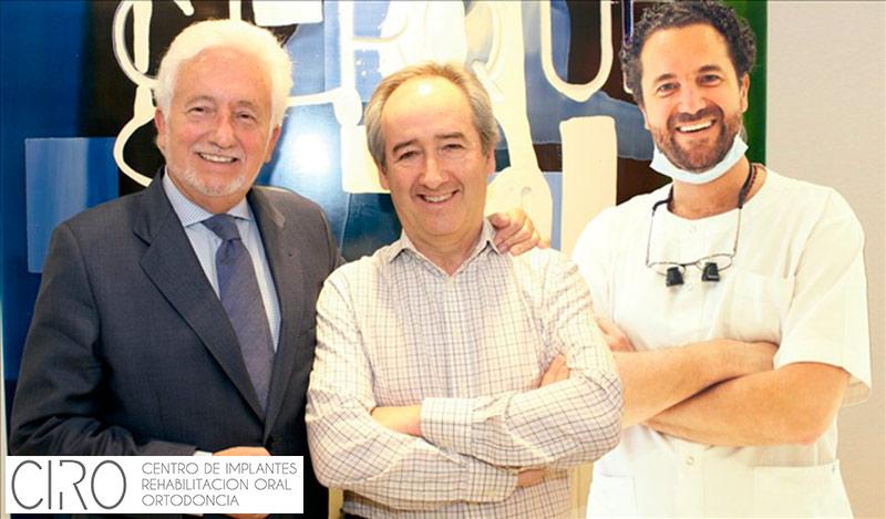 Entrevista al Dr. Vicente Jiménez en la revista Maxillaris