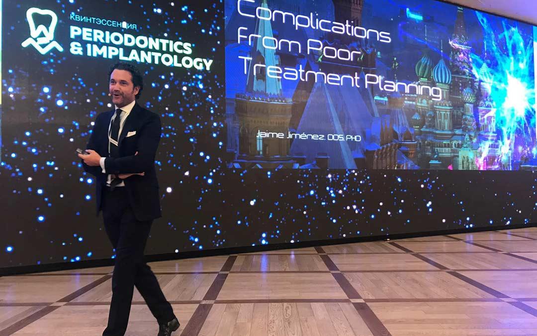 El Dr. Jaime Jiménez imparte una conferencia en Moscú