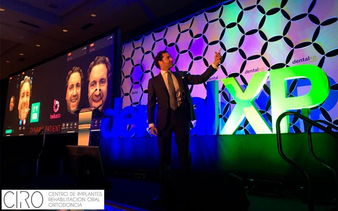 El Dr. Jaime Jiménez ofrece una conferencia en Hollywood