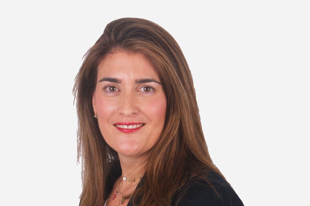 Doctora DRA. RAQUEL INFANTE BERMEJO Clínica dental CIRO Madrid