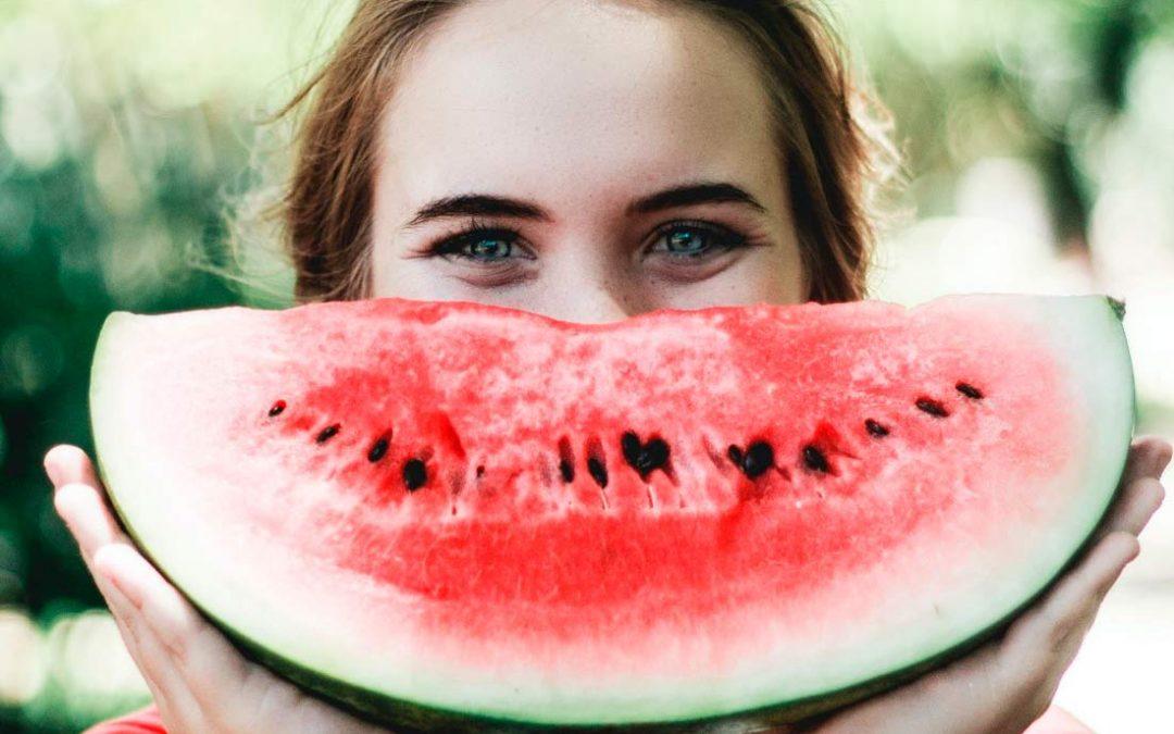 Caso clínico de estética dental: la importancia de sentirte a gusto cuando sonríes