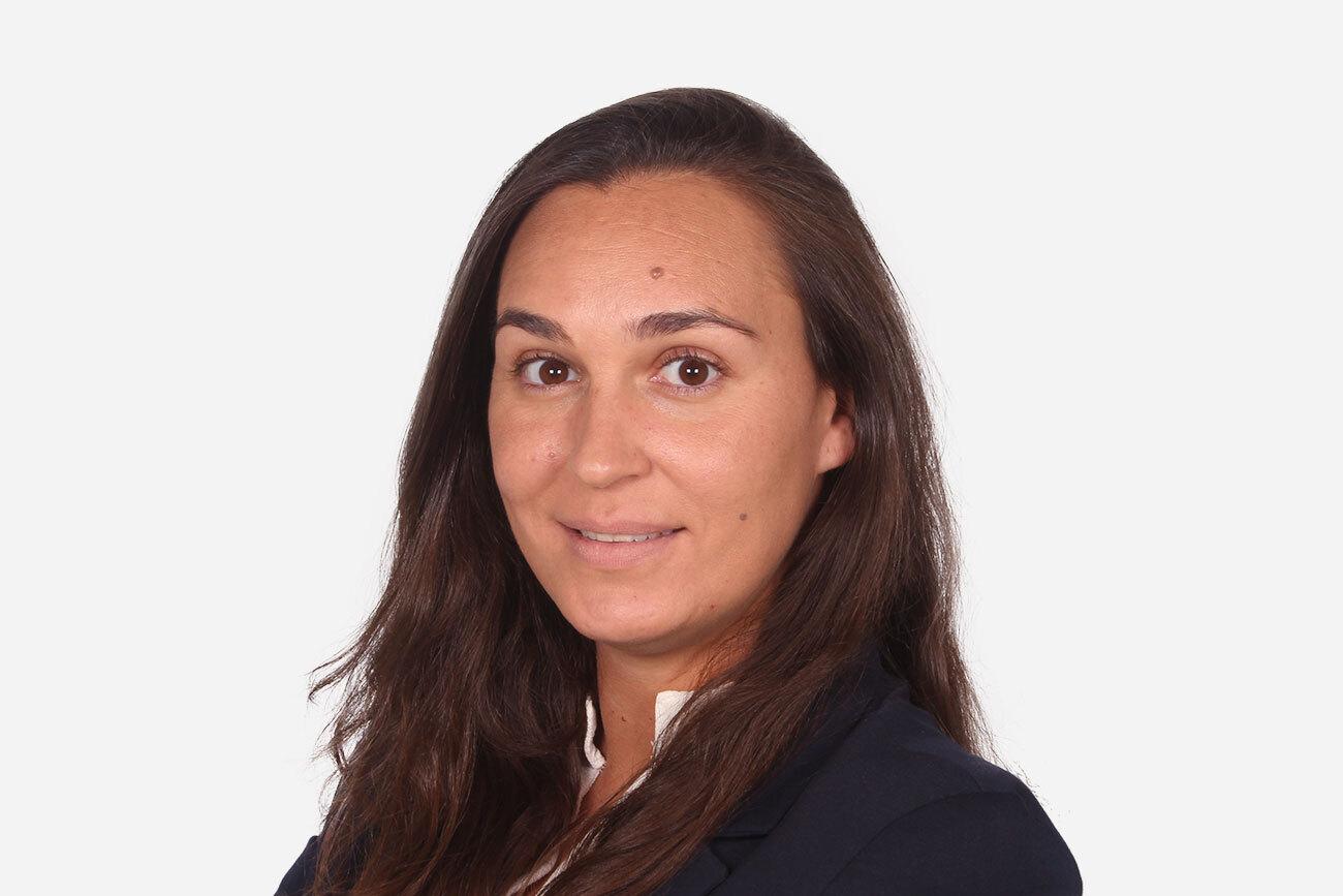 Doctora Fátima Cerdán Gómez Clínica dental CIRO Madrid